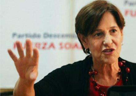 Ministro a alcaldesa: Debe acelerar traslado de comerciantes a Mercado Santa Anita
