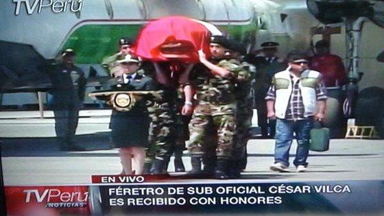 Restos de suboficial César Vilca reciben honores en Lima