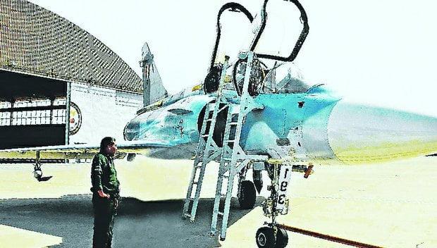 Con ayuda de Francia, FAP pone a punto doce aviones Mirage 2000