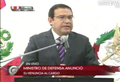 Ministro Otárola: 'Renuncio para tranquilizar el ambiente político'