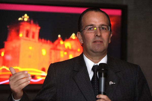 Ministro José Luis Silva Martinot
