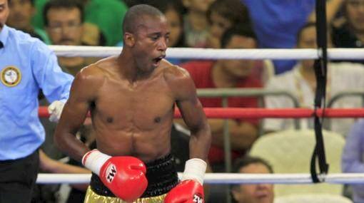 Carlos Zambrano ganó título sudamericano de peso Pluma