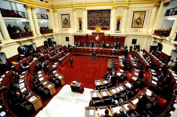Tribunal Constitucional: Congreso elige a integrantes afines al gobierno