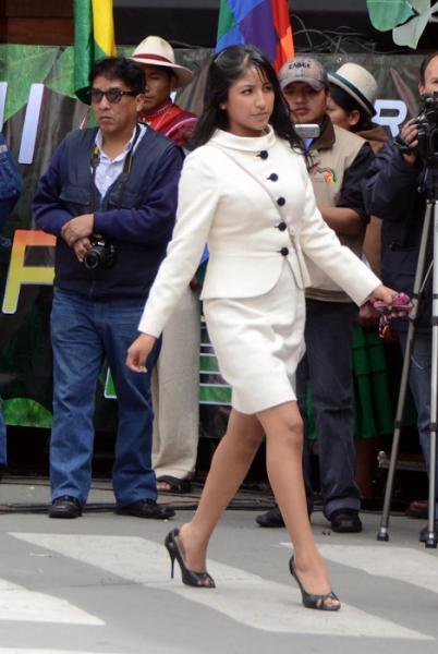 (Fotos) Eva Liz, la guapa hija de Evo Morales que ahora es primera dama