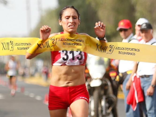 Juegos Bolivarianos: Gladys Tejeda bate record y gana el oro por Media Maratón