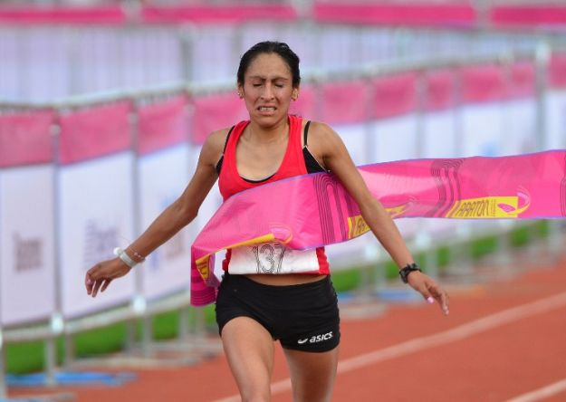 Gladys Tejeda se adjudicó la Media Maratón de Puerto Rico
