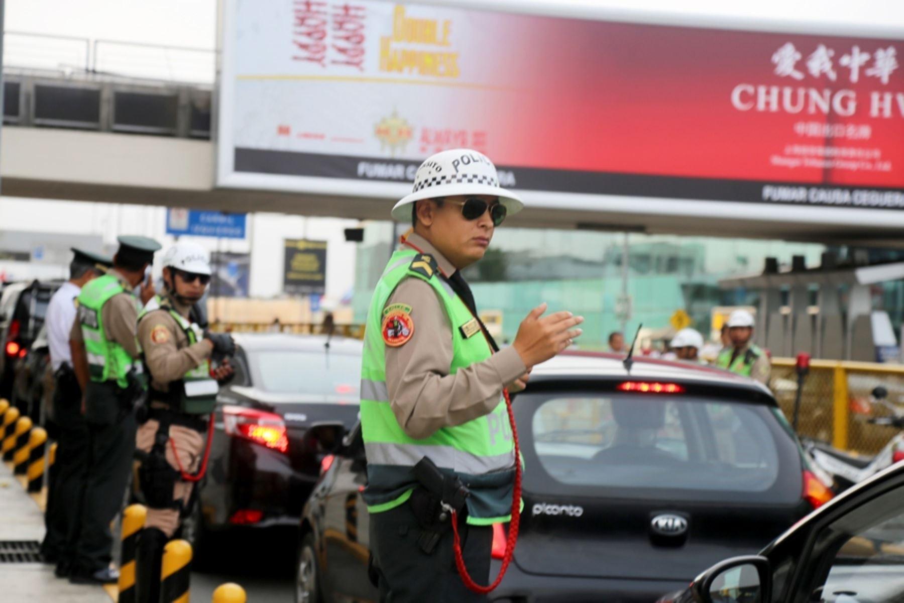 Taxistas y policía